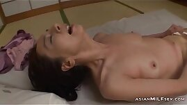 Mature Woman In Pantyhose Masturbating Herself Using Vibrator On The M